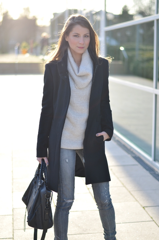 zara mantel outfit fashionblog coat style valentino rockstud ankle boots