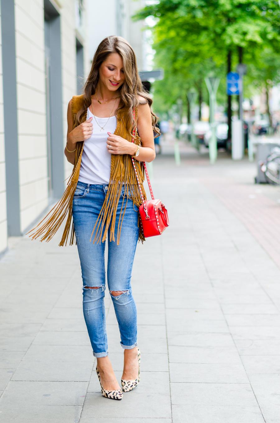 outfit fransenweste skinny jeans. Black Bedroom Furniture Sets. Home Design Ideas