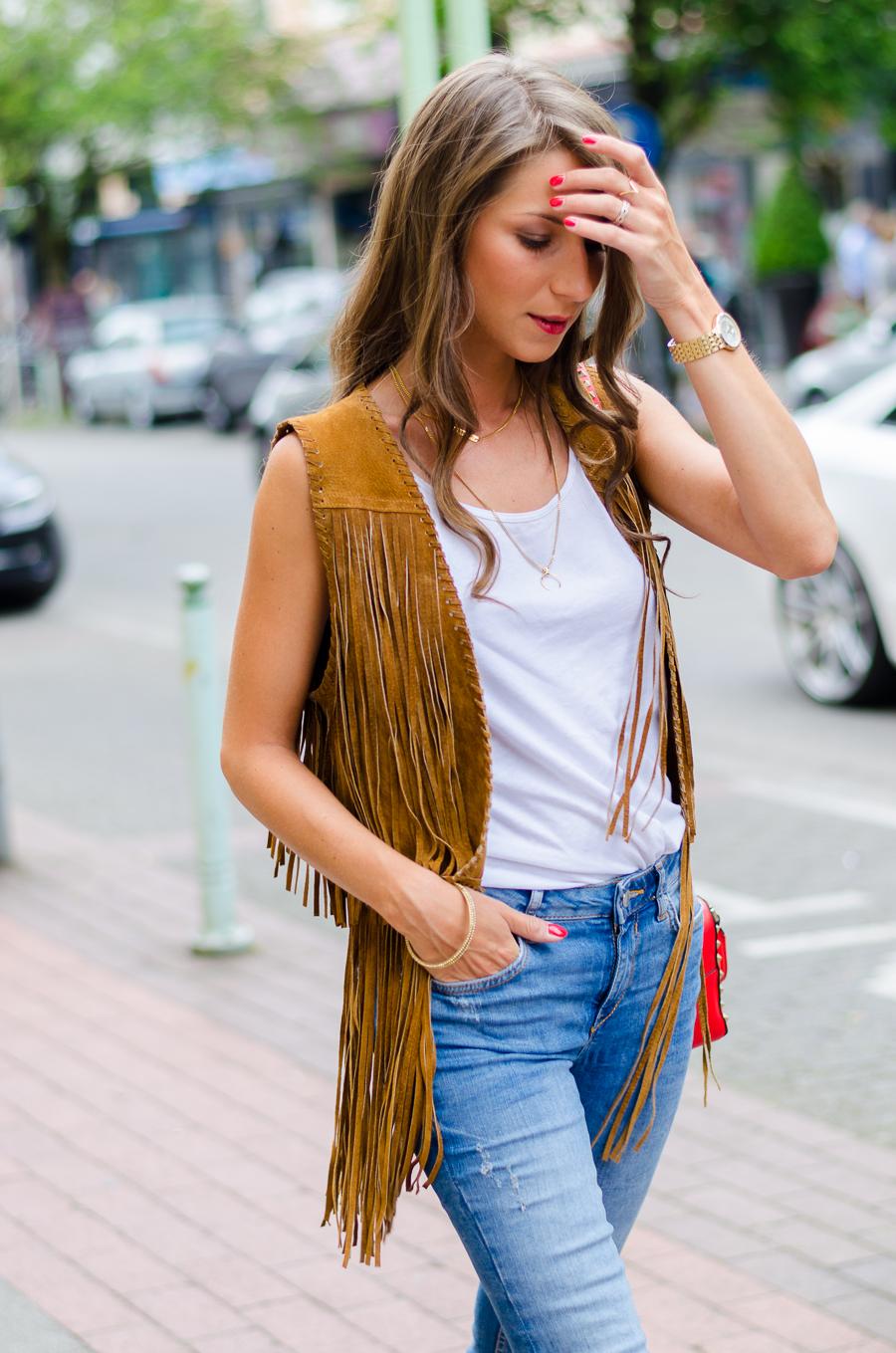 fringe vest outfit style fashion blog