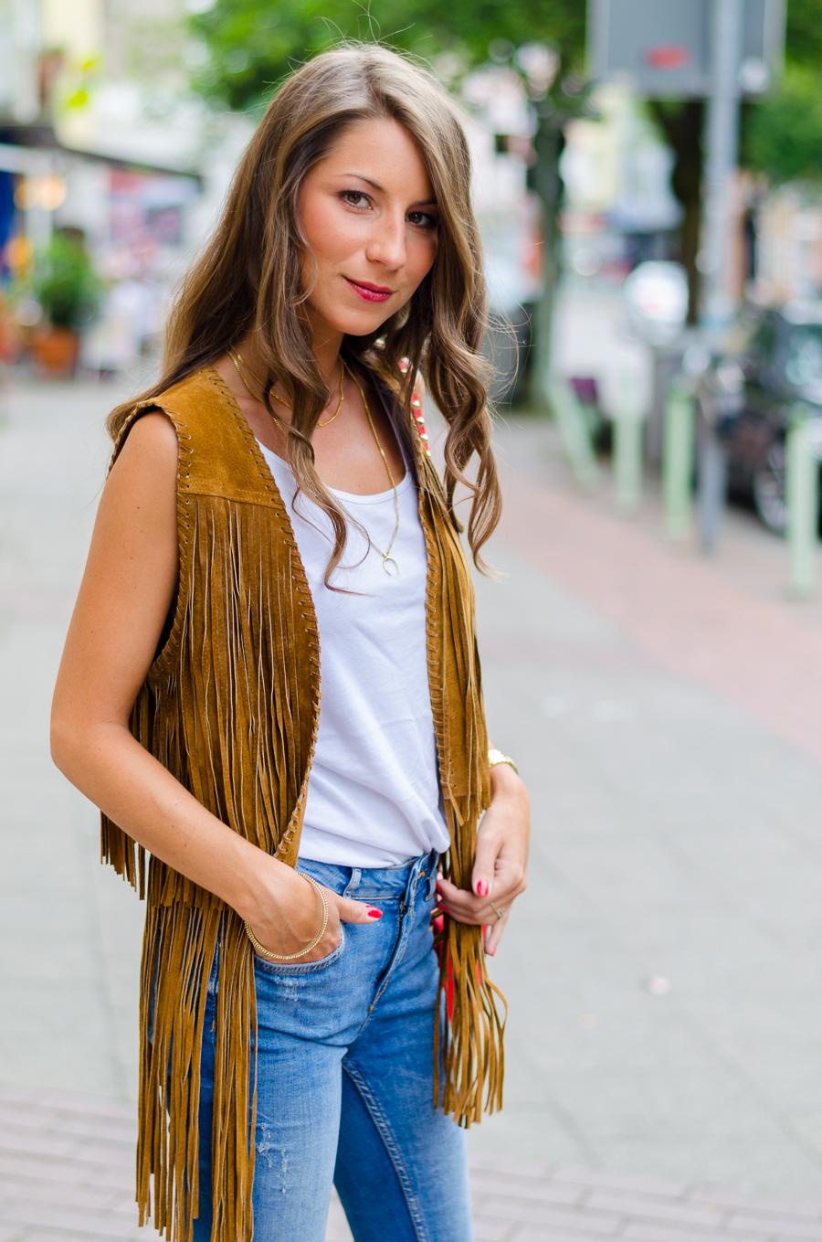 fransenweste kombinieren outfit