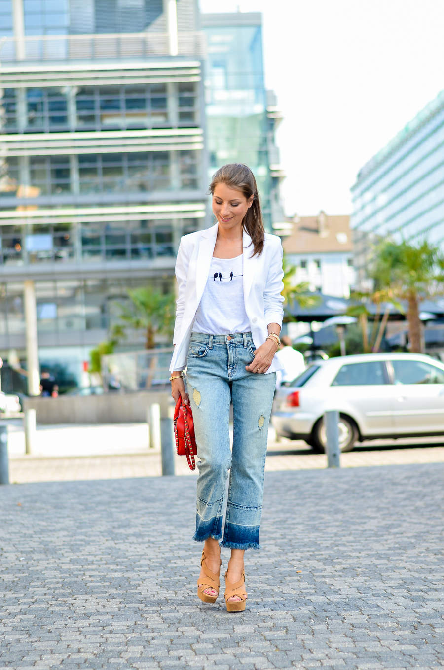 flare jeans cropped outfit sommer look style