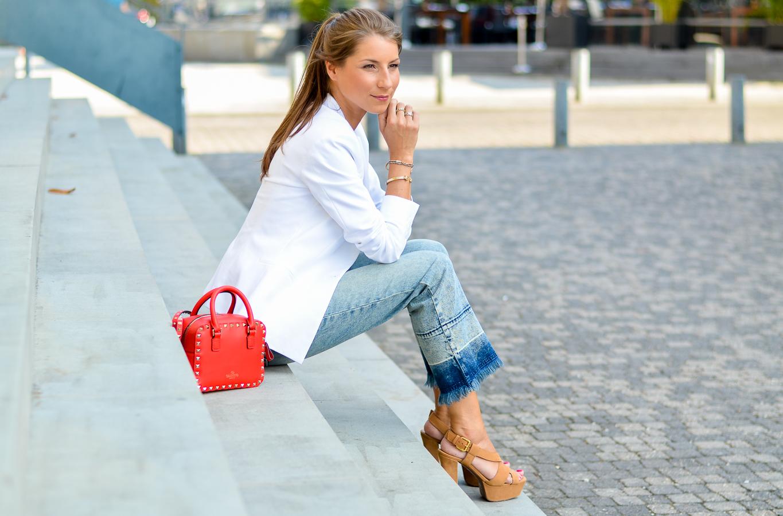 outfit cropped flare jeans v j du modeblog aus. Black Bedroom Furniture Sets. Home Design Ideas