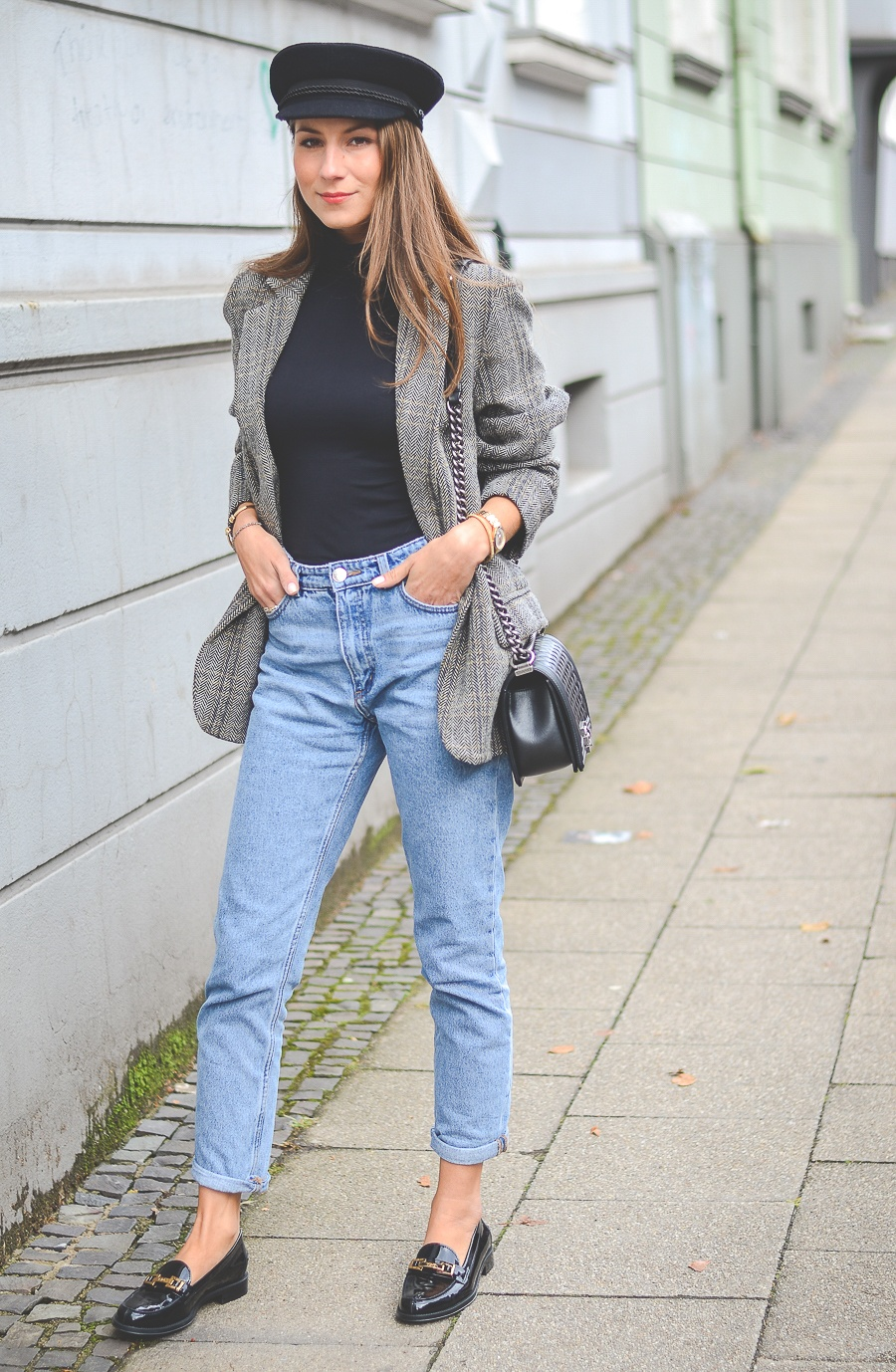 mom jeans loafers blazer outfit