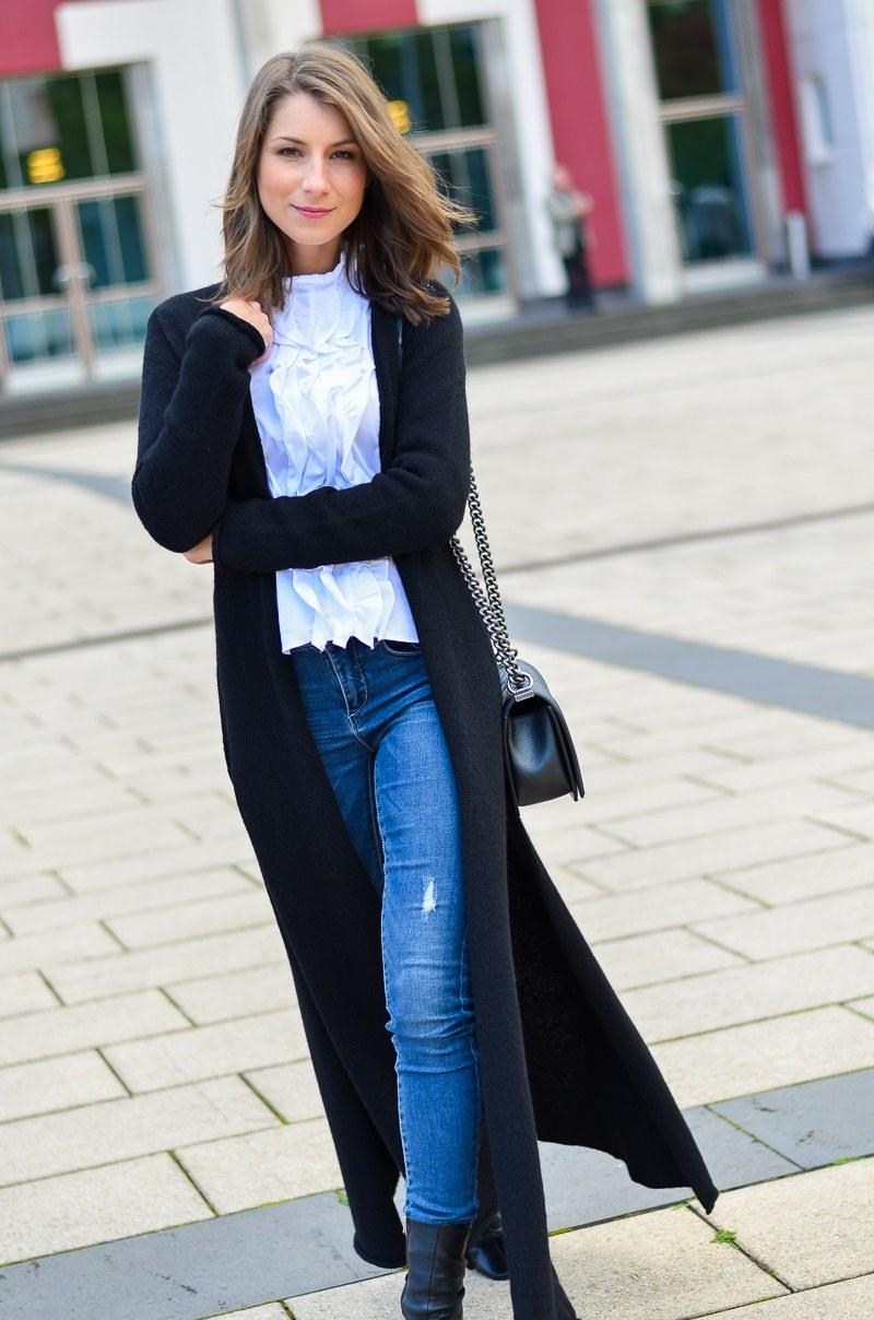 Outfit langer schwarzer Maxi Cardigan von Stefanel