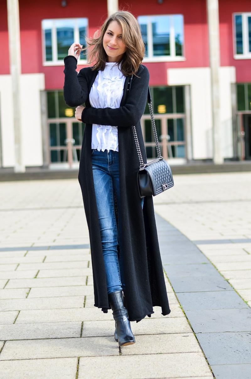 Outfit langer schwarzer Maxi Cardigan von Stefanel 7