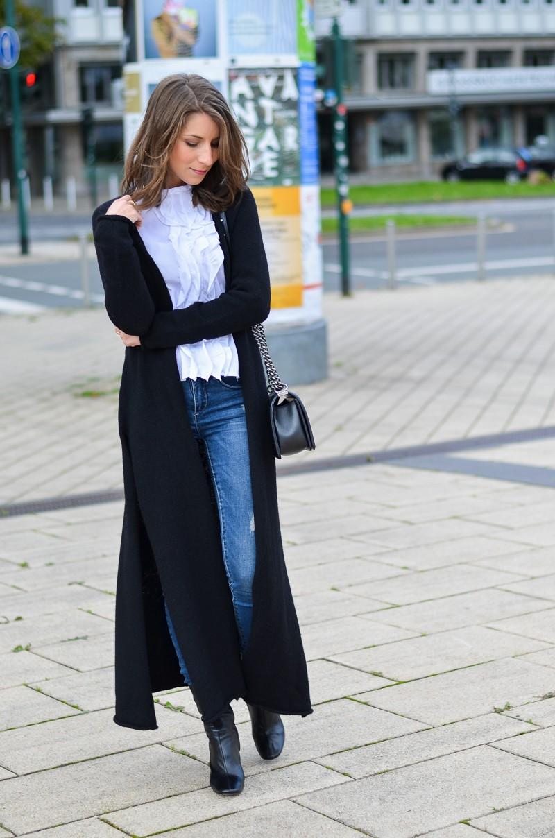 Outfit langer schwarzer Maxi Cardigan von Stefanel 6