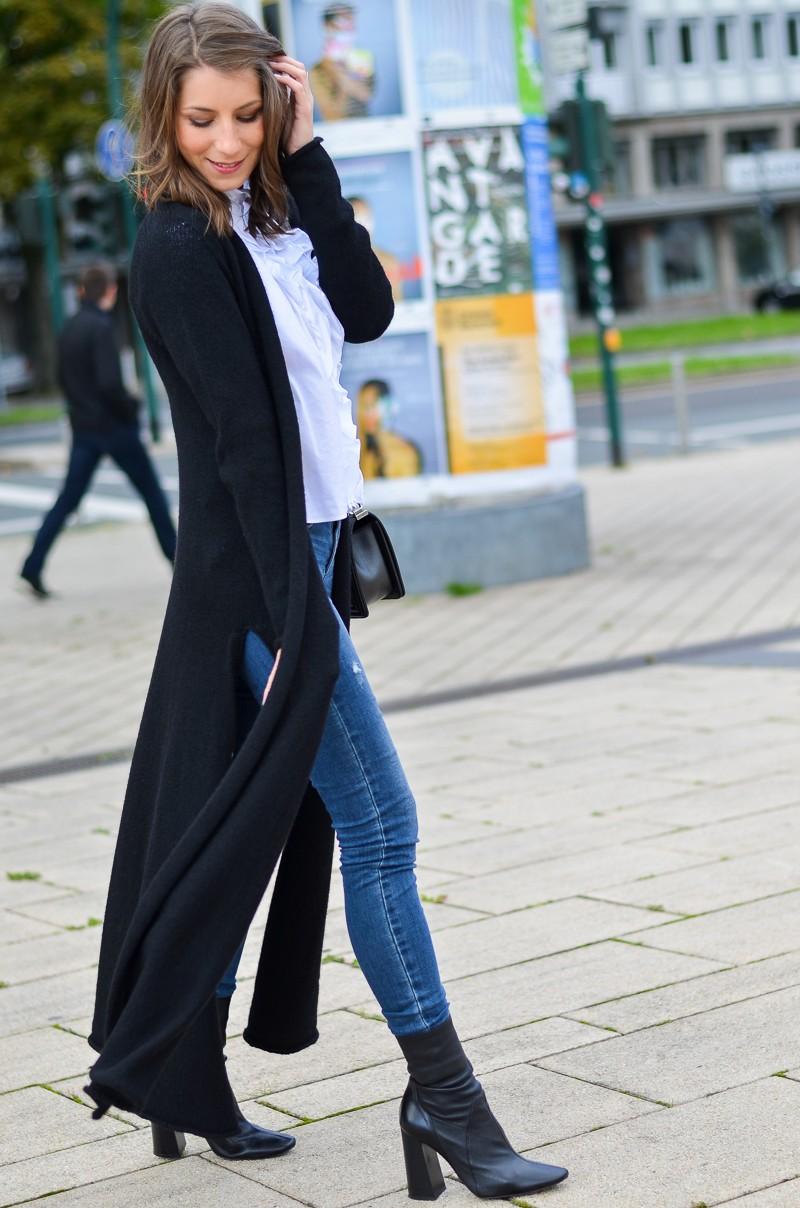 Outfit langer schwarzer Maxi Cardigan von Stefanel 5