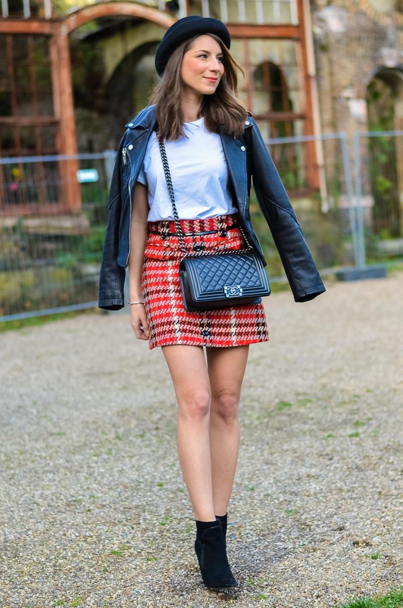 Outfit , Topshop , karierter Rock , Lederjacke , Shirt , Ankle Boots 1