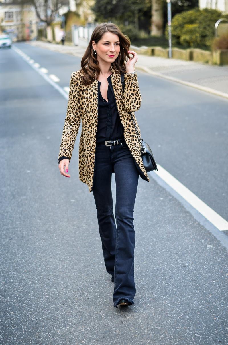 How-to-wear-leopard-print-all-black (17 von 19)