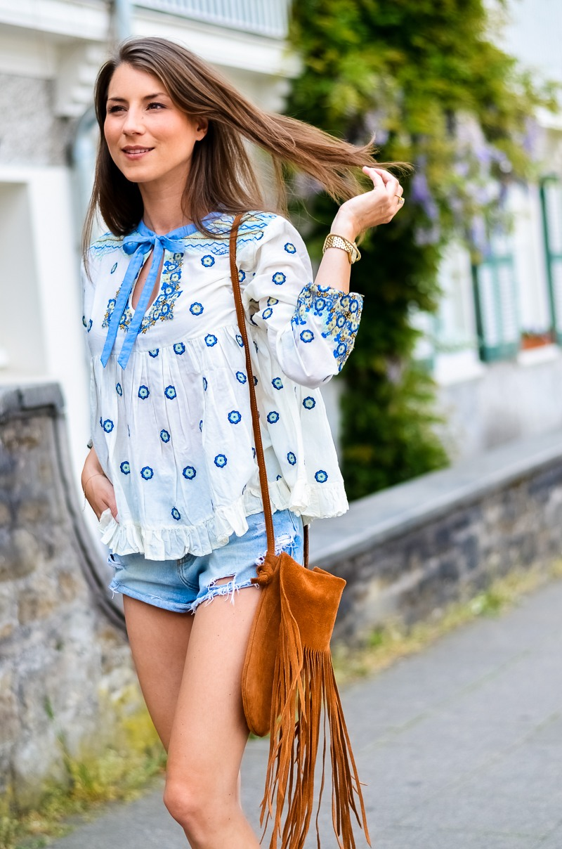 Outfit , Manoush, Tunika , Bluse , Jeans , Shorts , kombinieren , Fransentasche