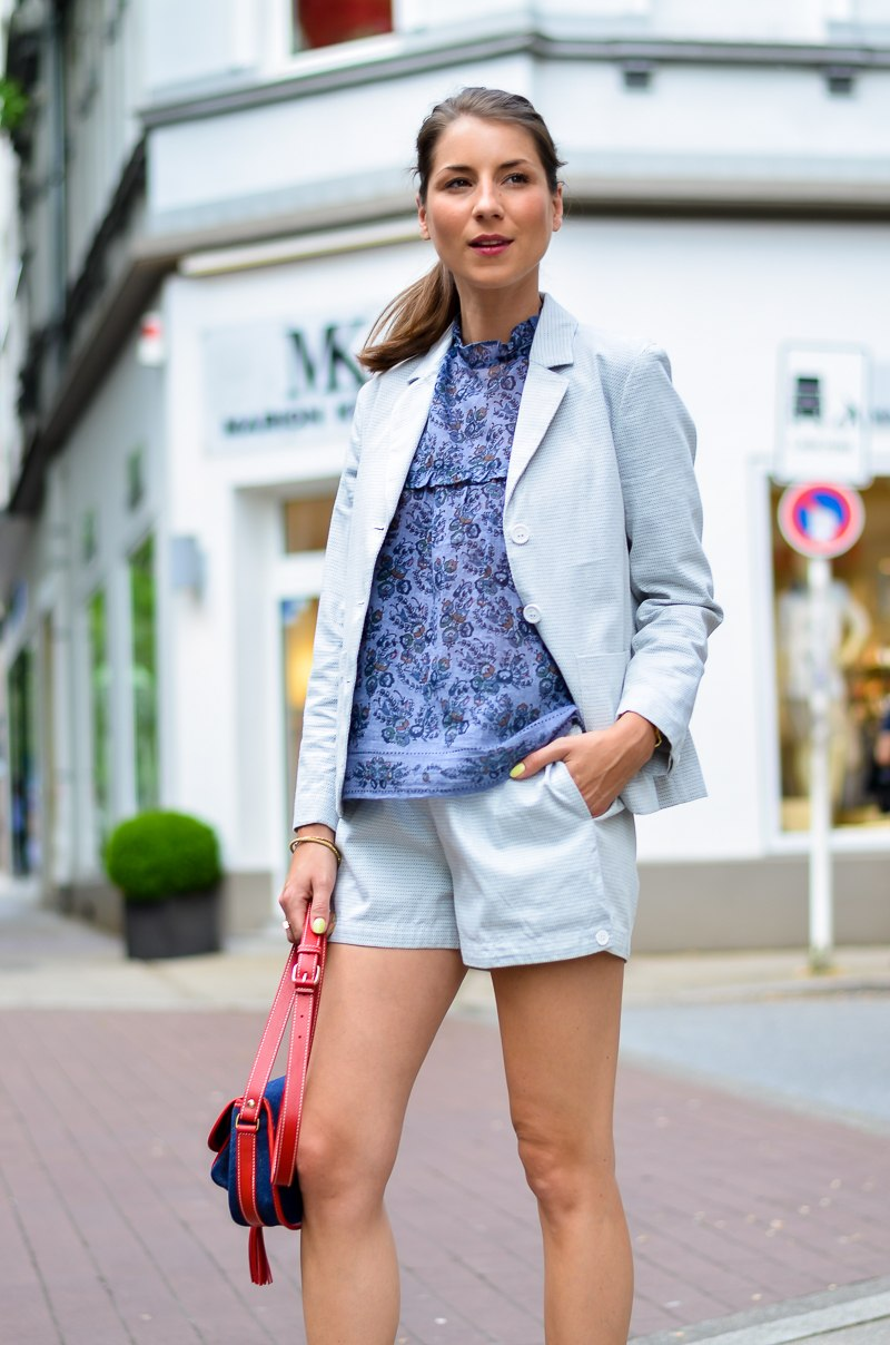 outfit , fashion , blog , hosenanzug , kurz , damen , sommer , vanessa bruno , athe , suit , hermes , paris , oran , sandals , gold , 12