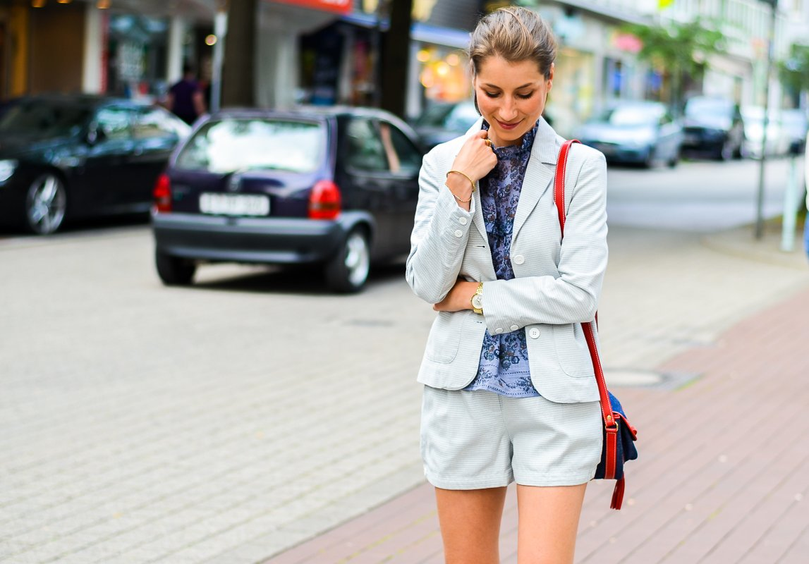 outfit , fashion , blog , hosenanzug , kurz , damen , sommer , vanessa bruno , athe , suit , hermes , paris , oran , sandals , gold , 4