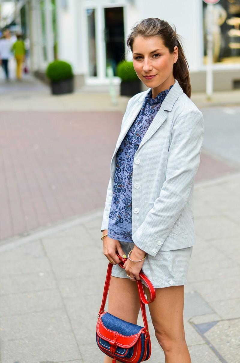 outfit , fashion , blog , hosenanzug , kurz , damen , sommer , vanessa bruno , athe , suit , hermes , paris , oran , sandals , gold 2