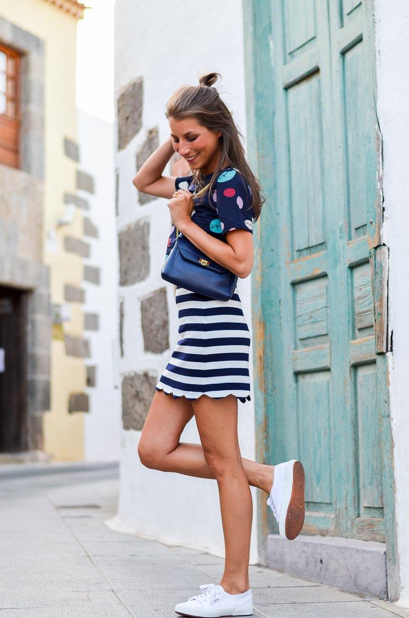gestreifter rock kombinieren streifen outfit striped skirt