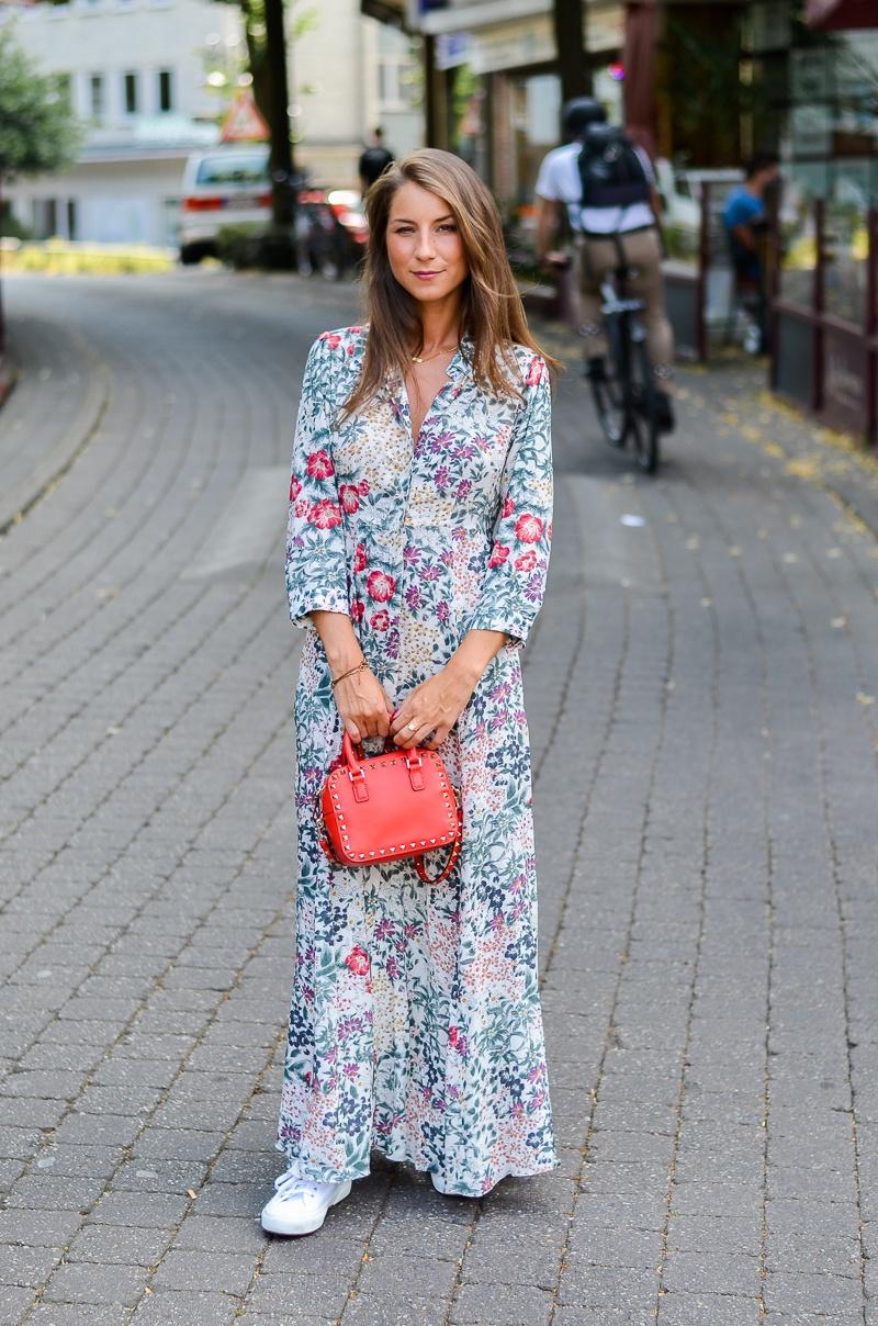 Sporty Romance Zara Maxi Dress Sneakers V J Du Modeblog Aus Deutschland Fashion Blog