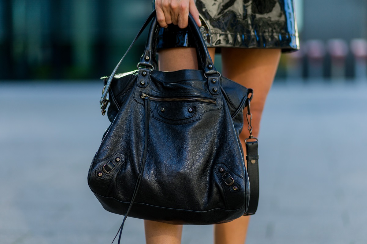 christian vierig outfit lack rock trend balenciaga city bag