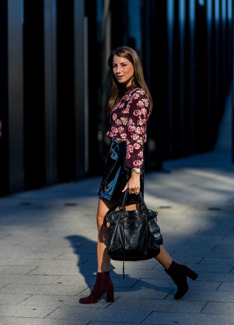 christian vierig outfit lack rock trend balenciaga city bag