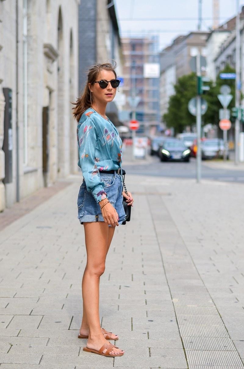 Summer in the City :: Zara Body & Jeans Shorts