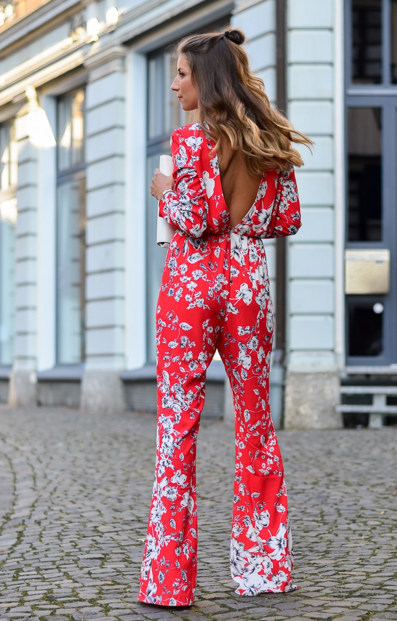 ivyrevel roter jumpsuit rückenfrei backless