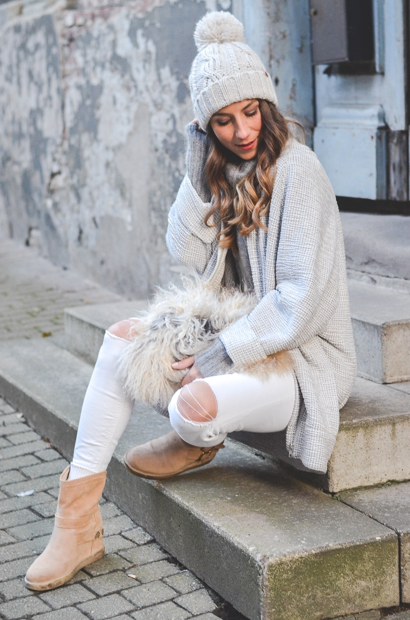 winter outfits cosy beanie boots