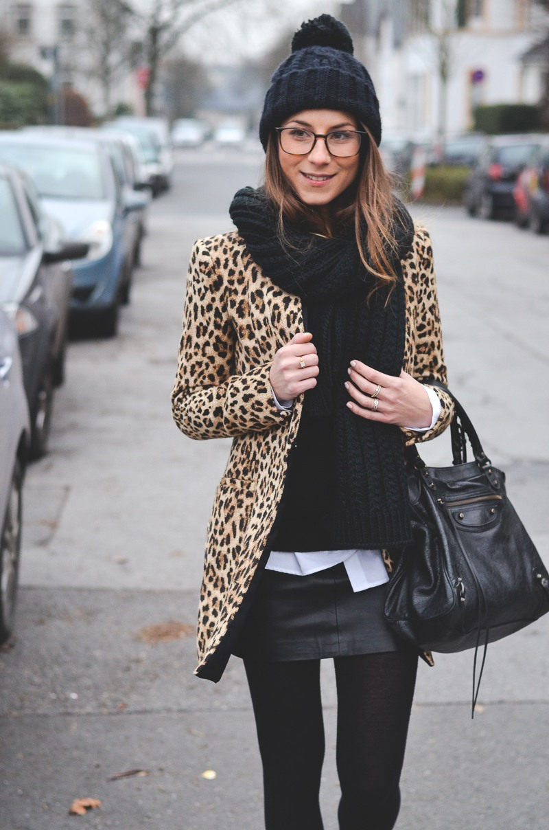 cheetah is back how to wear animal print v j du modeblog aus deutschland fashion blog. Black Bedroom Furniture Sets. Home Design Ideas