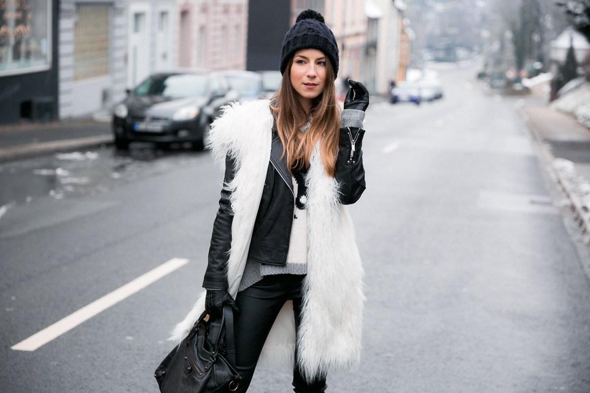 Fake Fur :: Fellweste & Lederhose