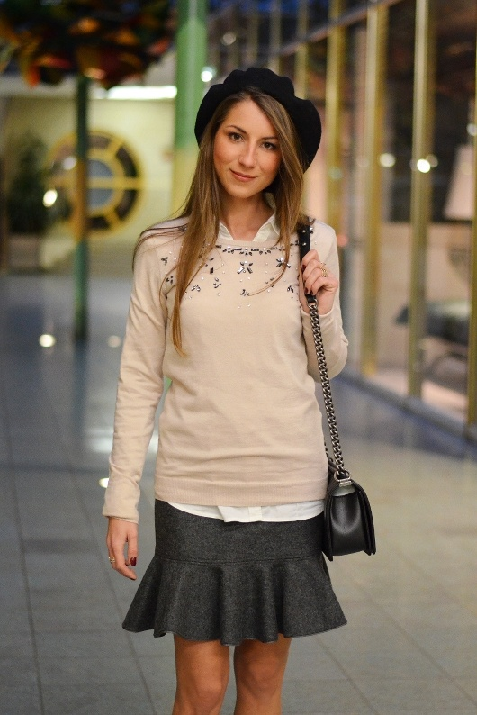 beret pullover details white shirt grey skirt outfit