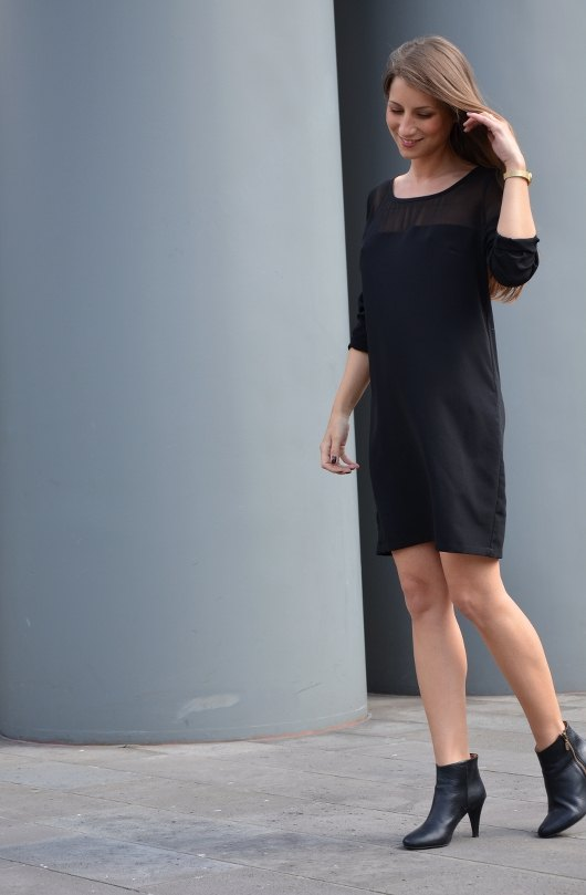 Outfit: A Black Dress