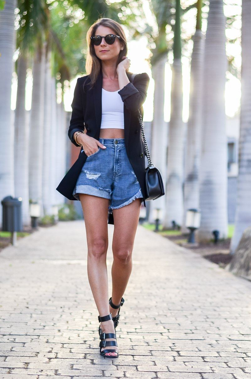 UNTER PALMEN :: BLAZER, CROPPED TOP & SHORTS