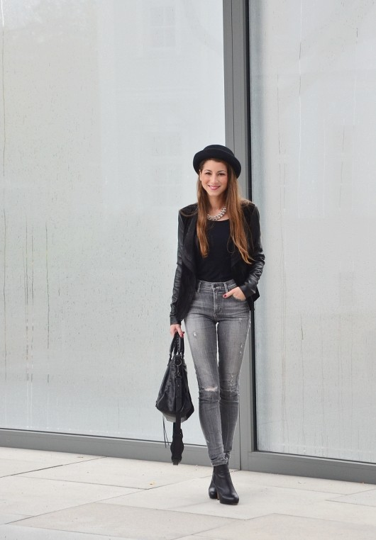 high waist jeans -citizens of humanity grey ripped hat outfit fashionblogger