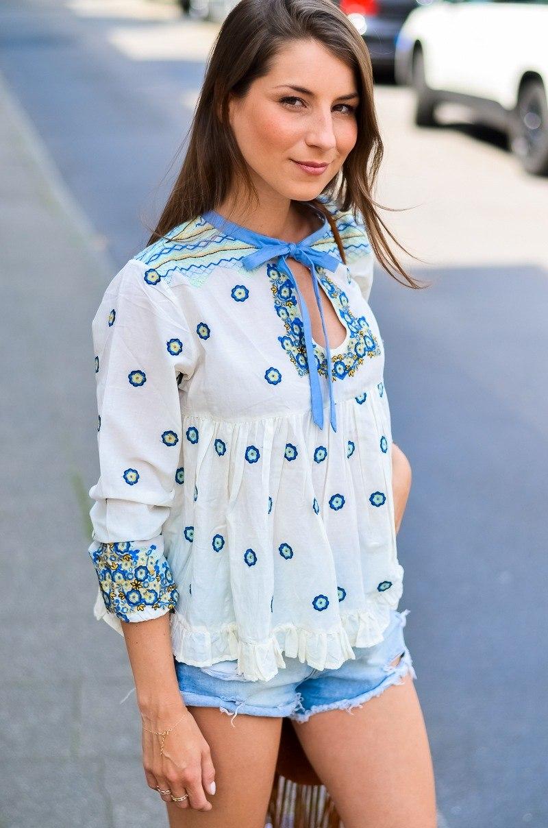 manoush blouse cute summer outfit denim shorts