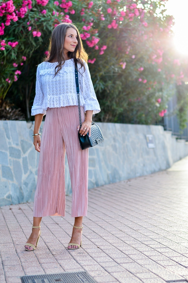 Holiday Throwback :: Plissée Culottes & Suede Heels
