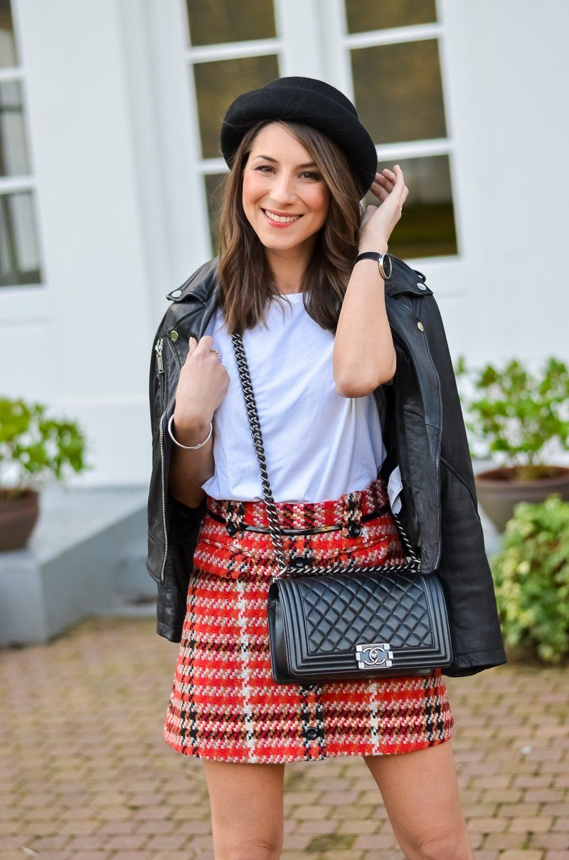 OUTFIT: A PLAID SKIRT
