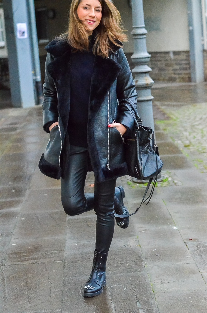 OUTFIT: SHEARLING JACKE & MEINE BLING BLING COMBAT BOOTS