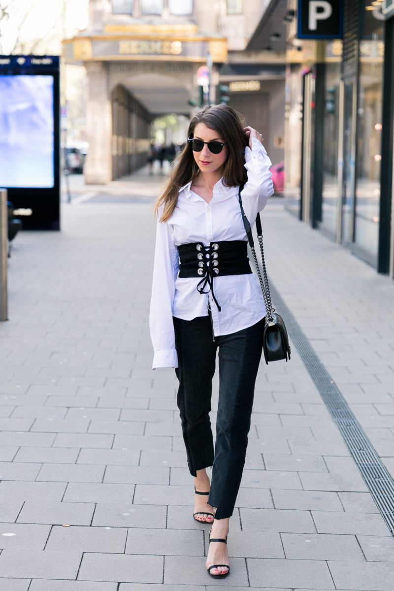 corset corsage outfit how to wear two tone jeans zara chanel boy bag white shirt blog