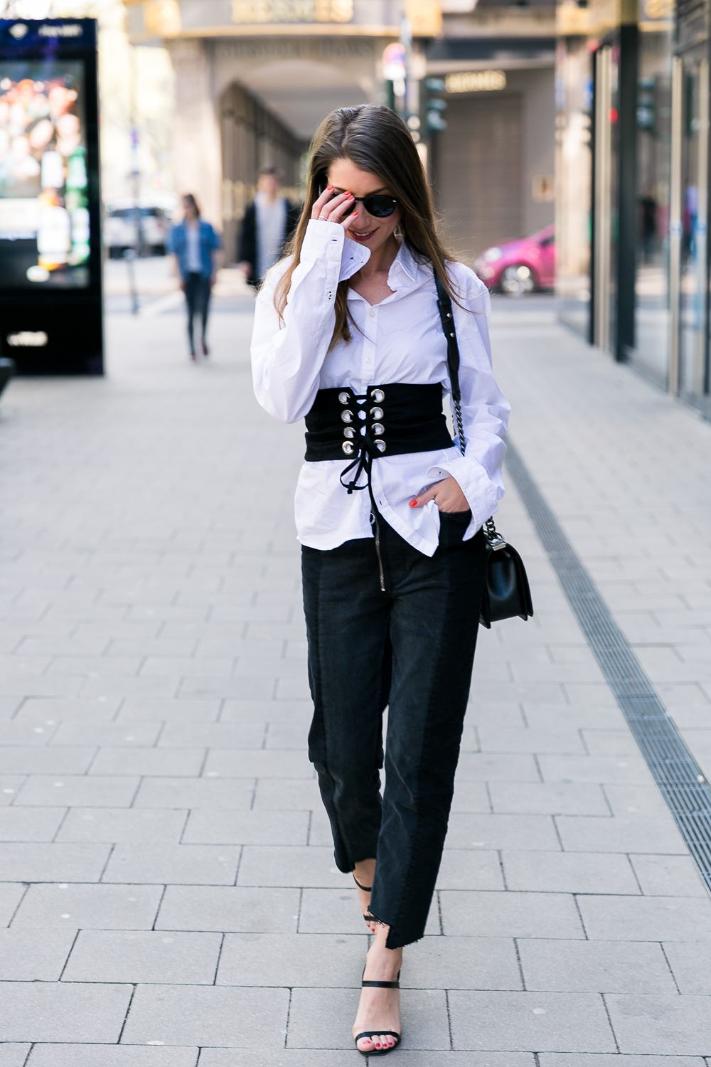 Corset & Two-Tone Jeans