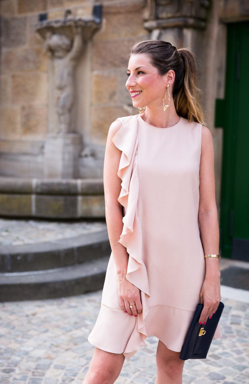wedding guest elegant evening outfit summer pink dress volant statement earrings