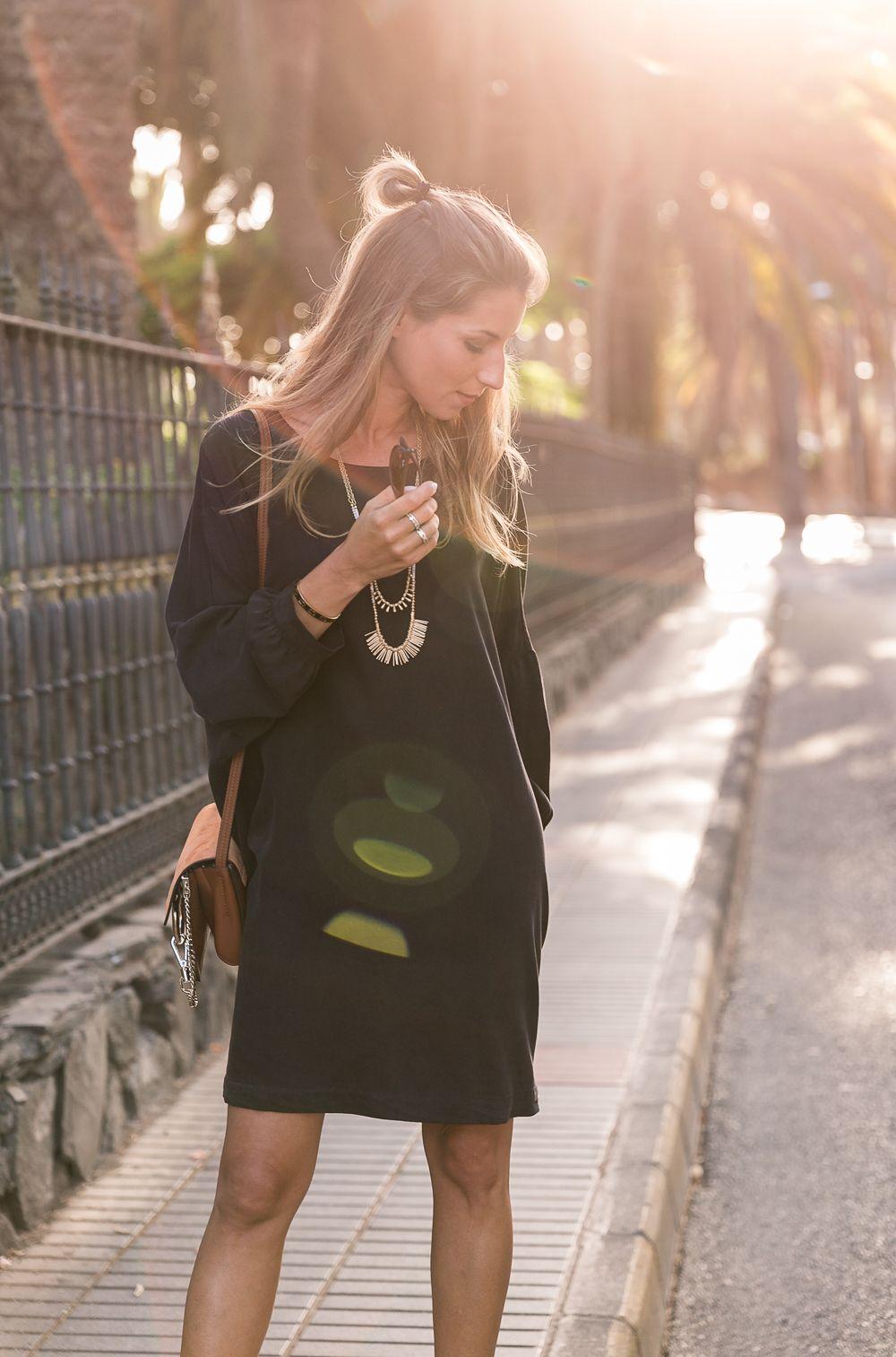 black dress american vintage summer outfit fashion blog platform sandals long necklace brown bag chloe chic style