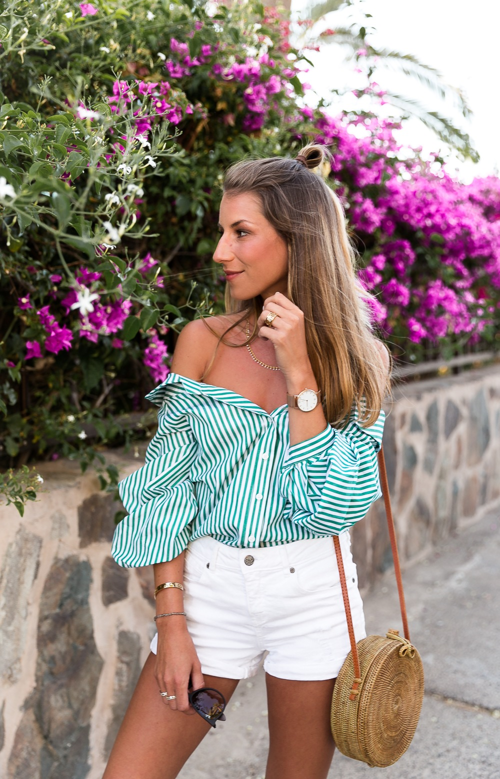 off-shoulder blouse striped top white shorts hermes sandals round straw bag korbtasche outfit inspiration mode blog
