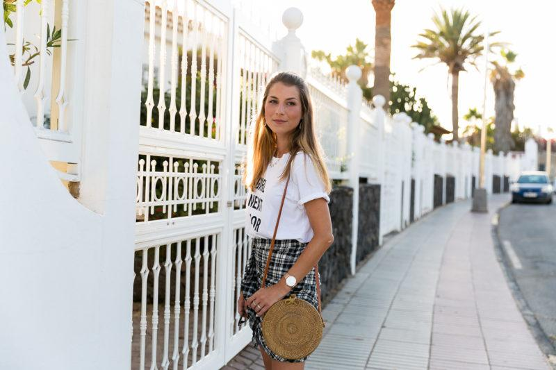 statement t-shirt outfit checkered skirt summerlook fashion trends 2017 straw bag blog