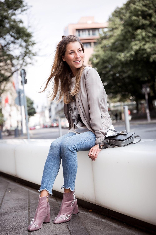 Style Mix :: Velvet Boots, Bomberjacket & Skinny Jeans