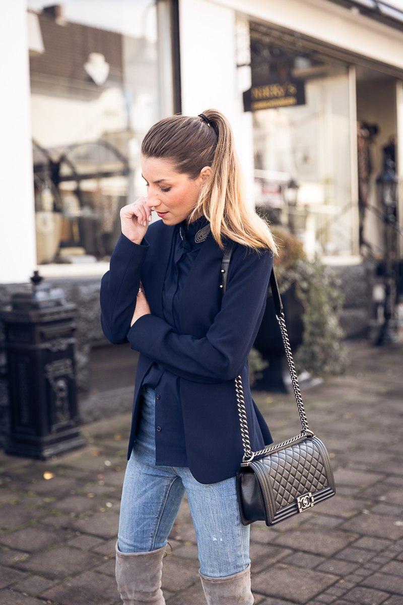 overknees stiefel grau outfit kombinieren herbst jeans steffen schraut veja du fashion blog