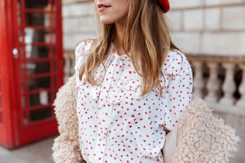 teddy coat levis 501 jeans red hat steffen schraut blouse hearts red valentino bag outfit street style london white boots veja du details