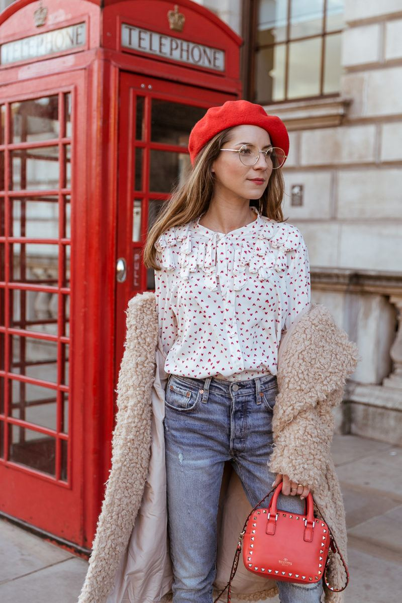 teddy coat levis 501 jeans red hat steffen schraut blouse hearts red valentino bag outfit street style london white boots veja du 3