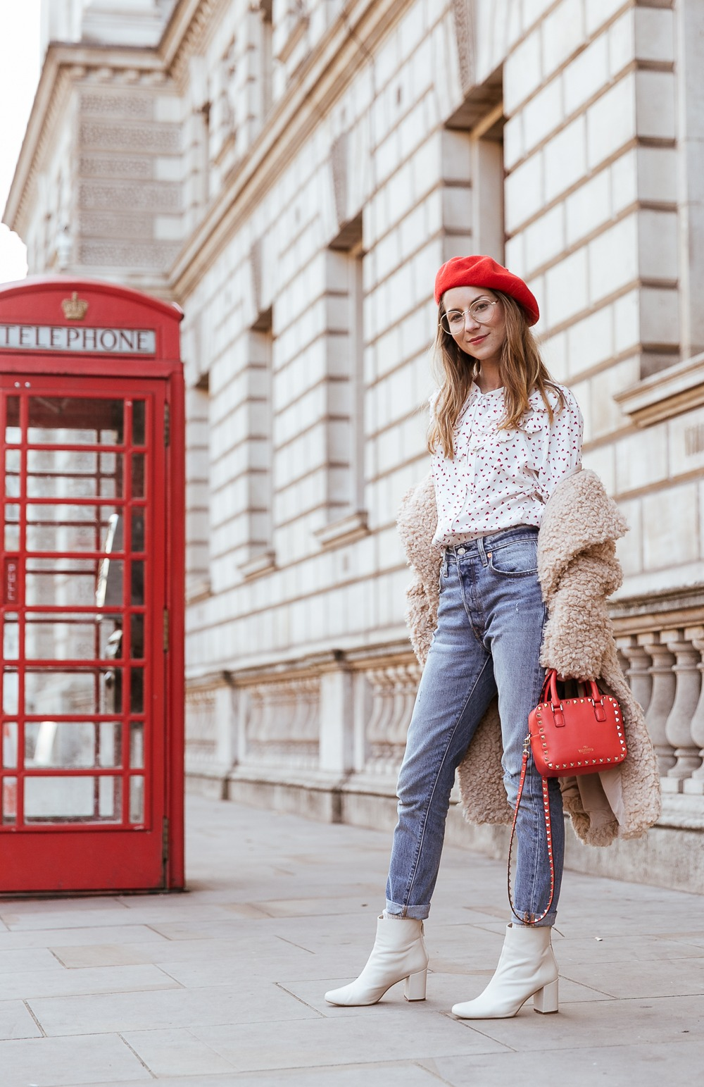 teddy coat levis 501 jeans red hat steffen schraut blouse hearts red valentino bag outfit street style london white boots veja du fashion blog