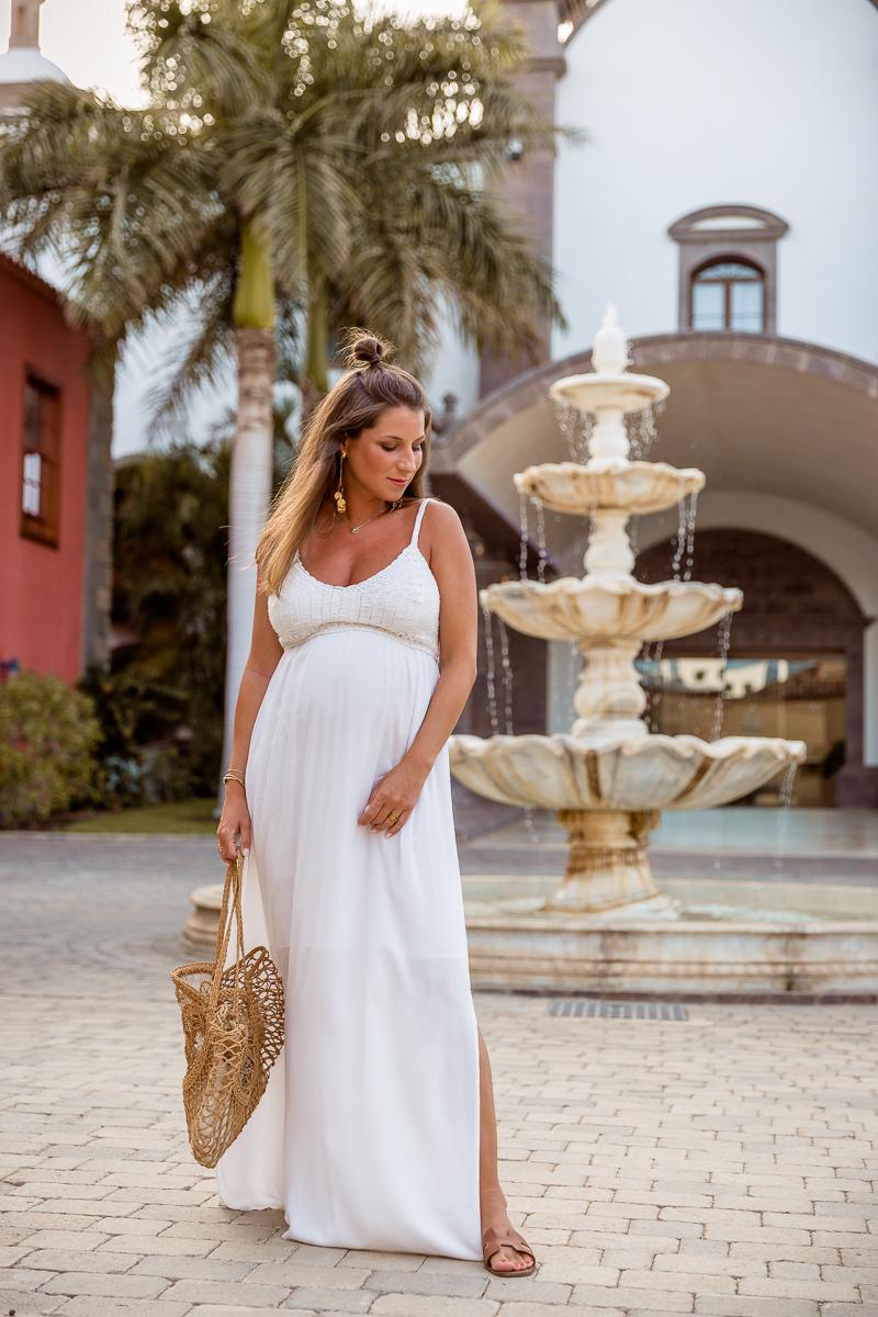 urlaubs-checkliste schwangerschaft maxi maternity dress weiss mamarella sommer urlaub outfit schwanger